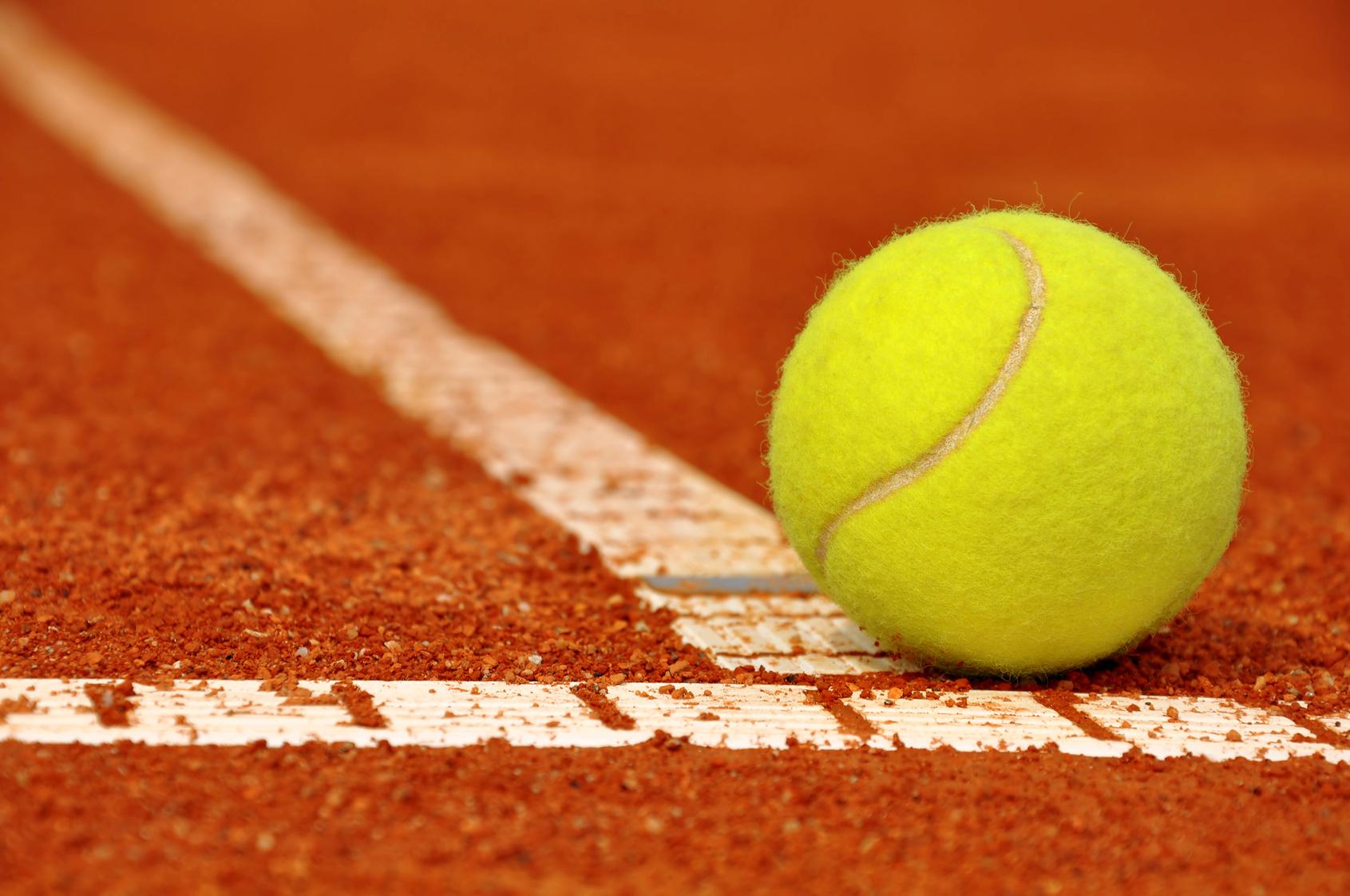 Tenis-zgura